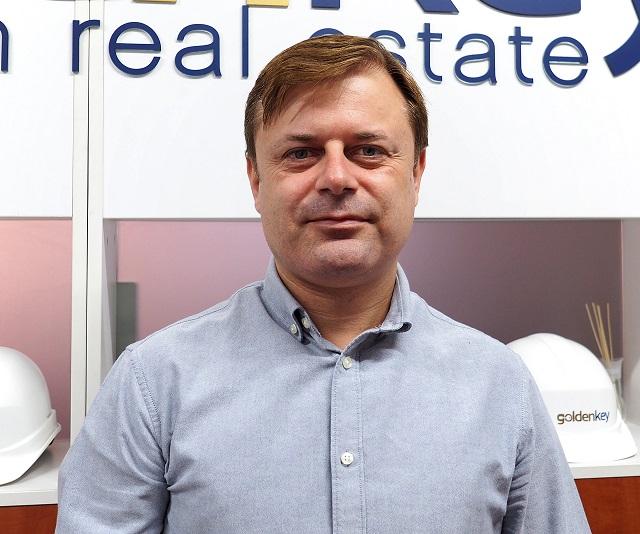 Adrian Petre Agent Imobiliar