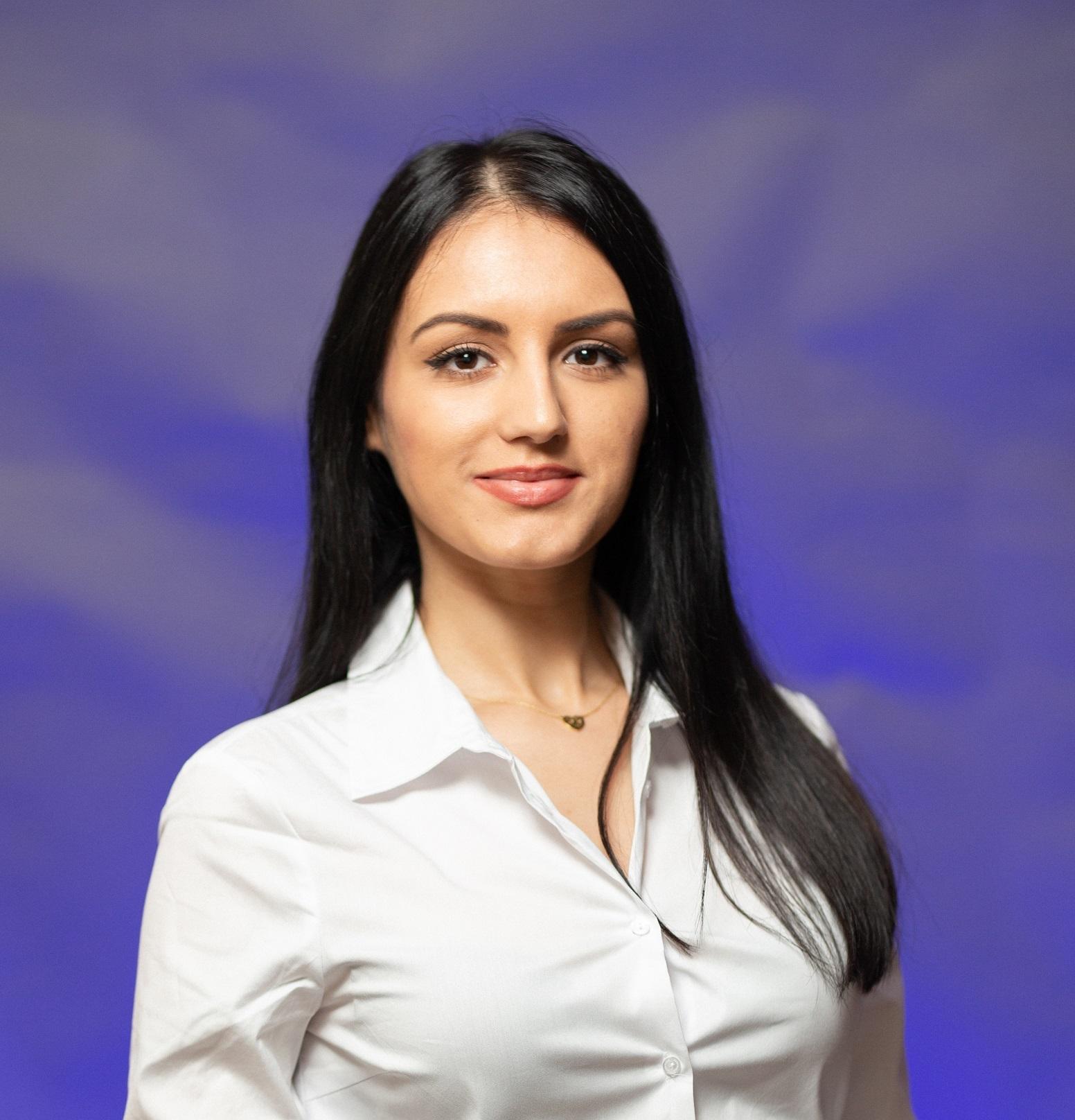 Romina Bacanu Agent Imobiliar