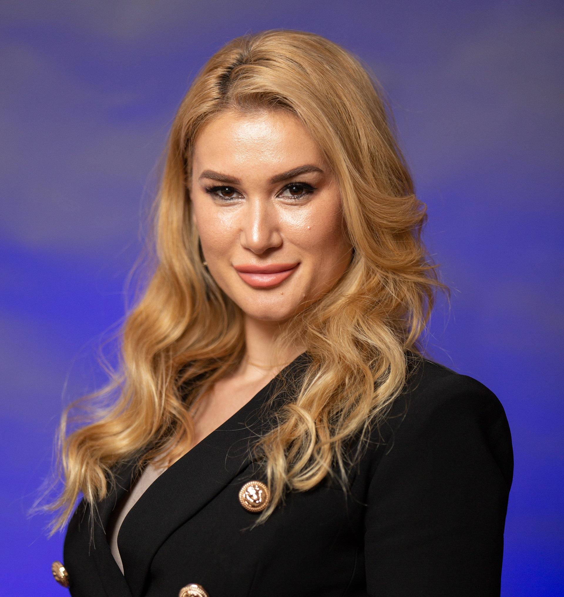 Georgiana Constantin Real Estate Agent