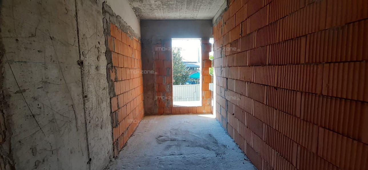 Militari, OMV Iuliu Maniu, 2 camere + terasa 15 mp, plan secund, 10 minute Pacii