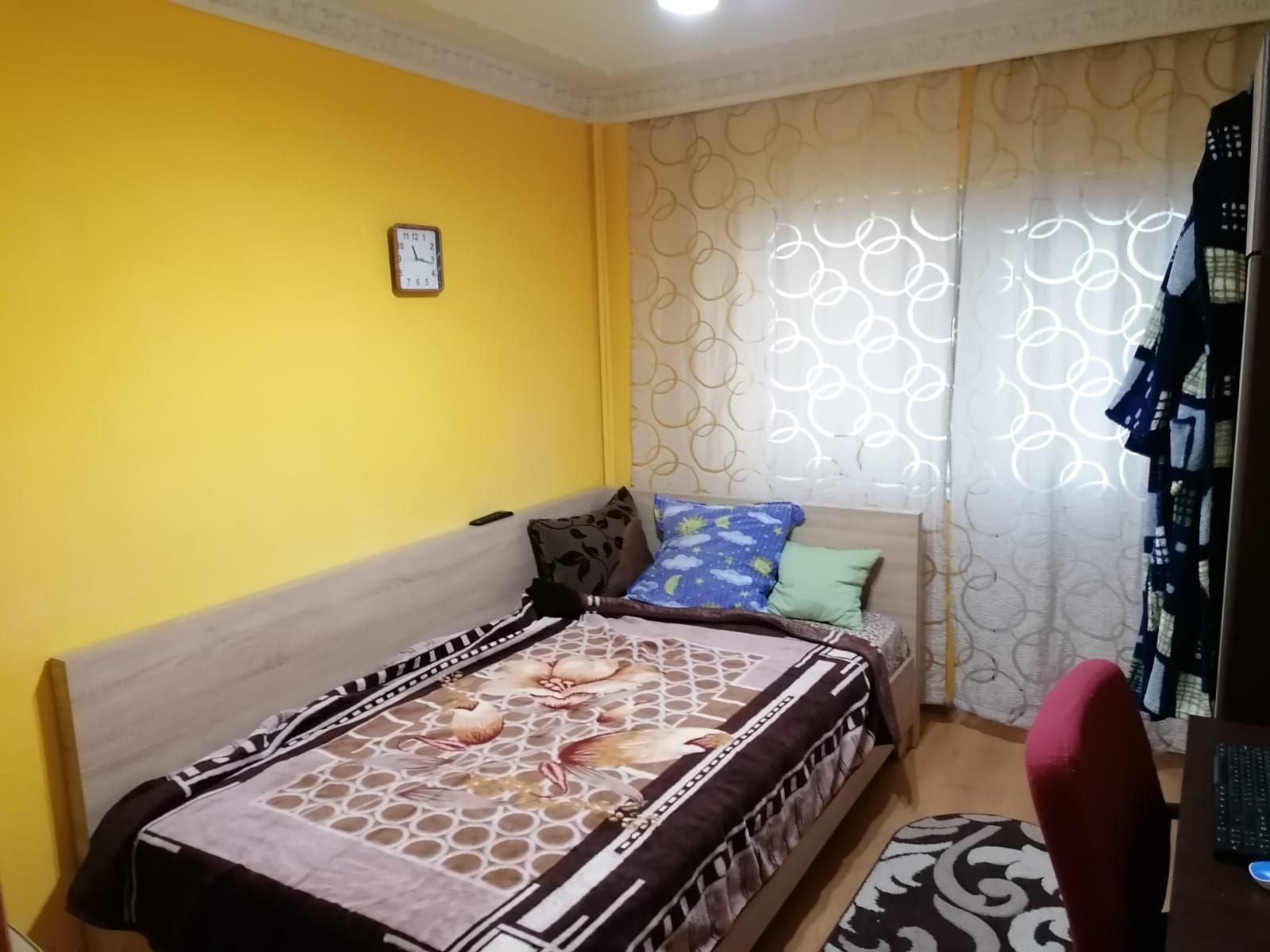 Vanzare Apartament 4 camere - TOMIS NORD, Constanta
