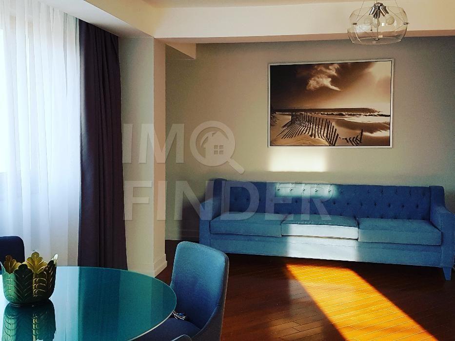 Inchiriere apartament cu 3 camere ultrafinisat zona Piata Engels