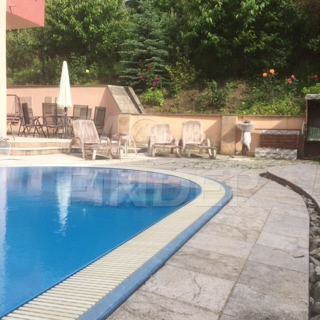 Inchiriere casa individuala in zona Andrei Muresanu, piscina