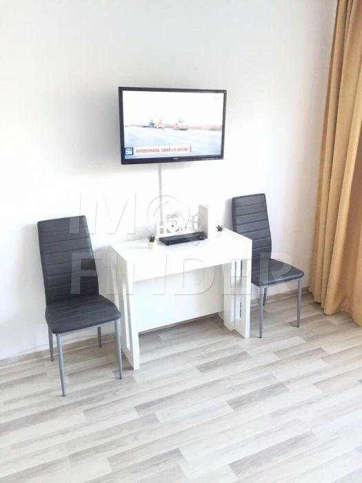 Vanzare apartament 2 camere, decomandat zona Mc Donald, Manastur