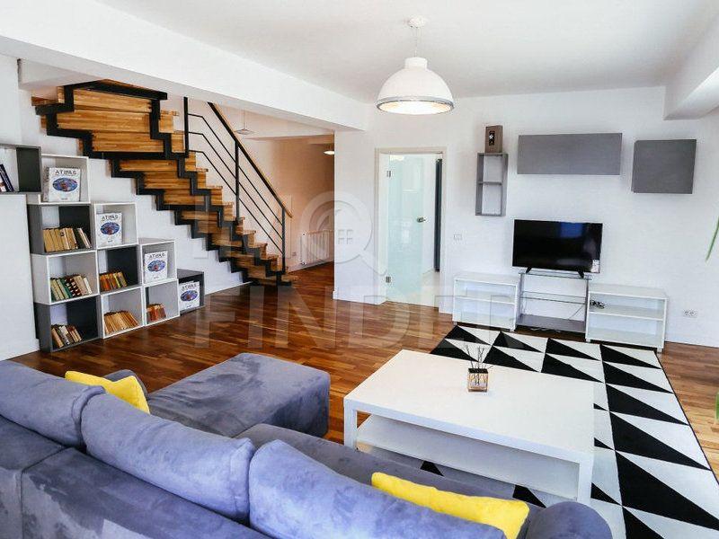Inchiriere penthouse, 4 camere, garaj, zona Regionalei CFR, Centru