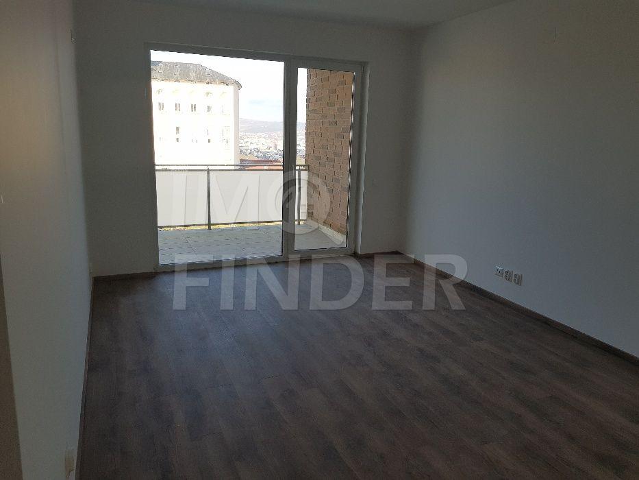 Vanzare apartament 2 camere, decomandat, finisat, garaj, Buna Ziua