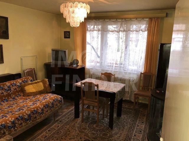 Vanzare apartament 2 camere, decomandat, zona Iulius Mall