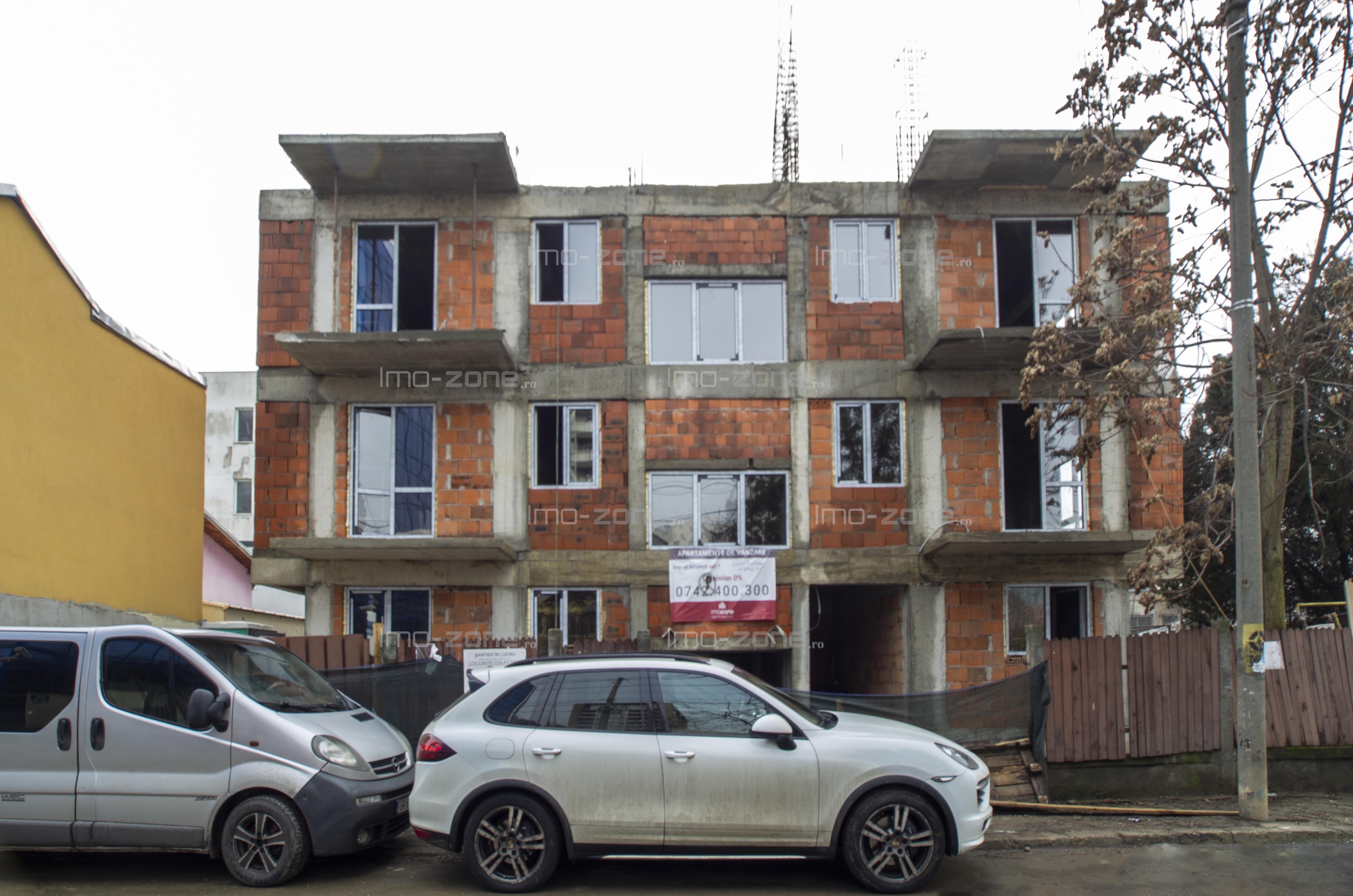 COMISION 0%,  2 CAMERE, zona - PLAZA ROMANIA, decomandat, 66.700 EURO.