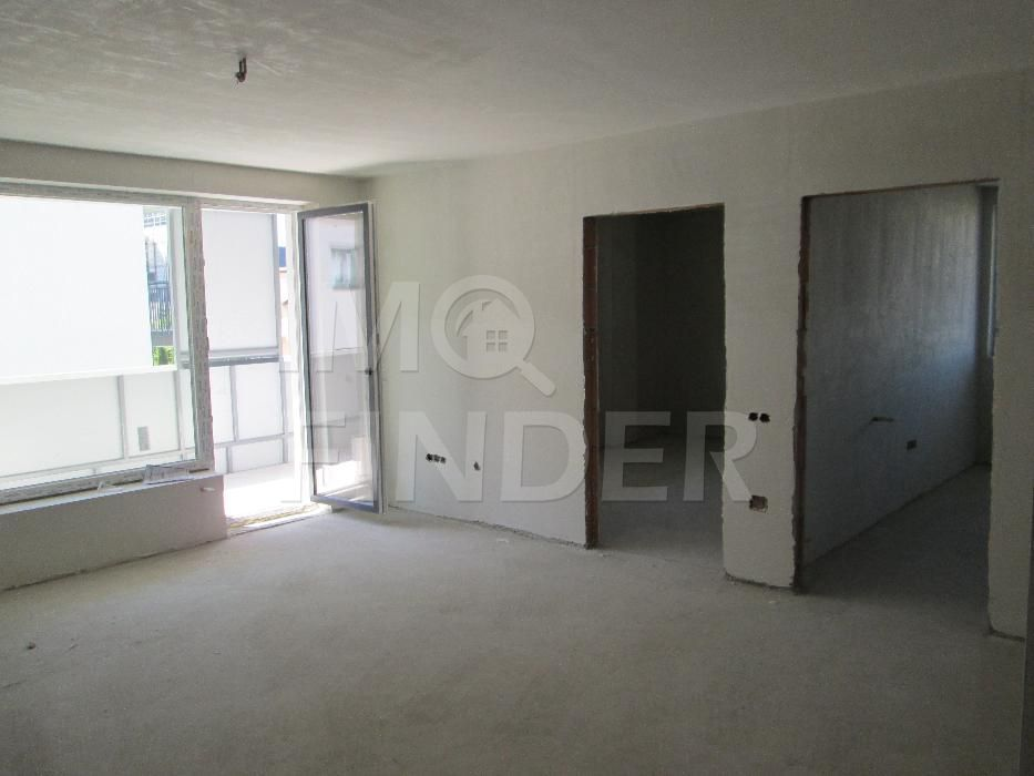 Vanzare apartament 3 camere, garaj, terasa, zona Calea Turzii