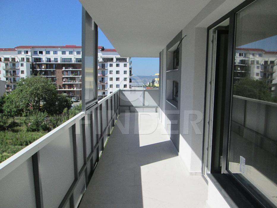 Vanzare apartament 3 camere, garaj, terasa 25 mp, Buna Ziua/ Calea Turzii