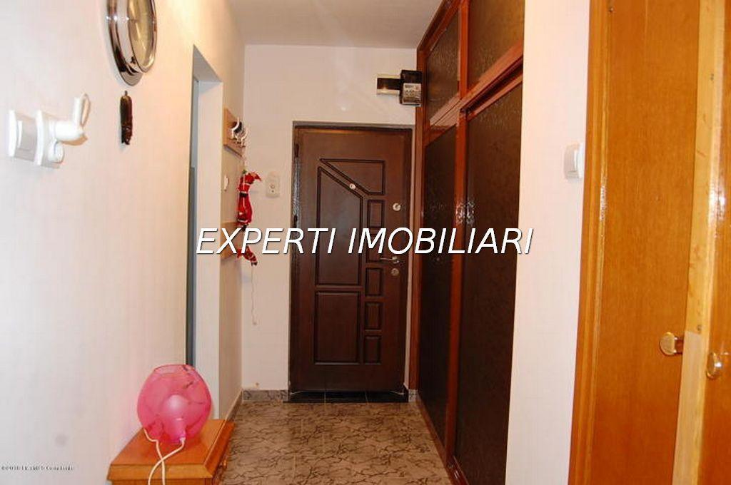 Vanzare Apartament 2 camere - ULTRACENTRAL, Constanta