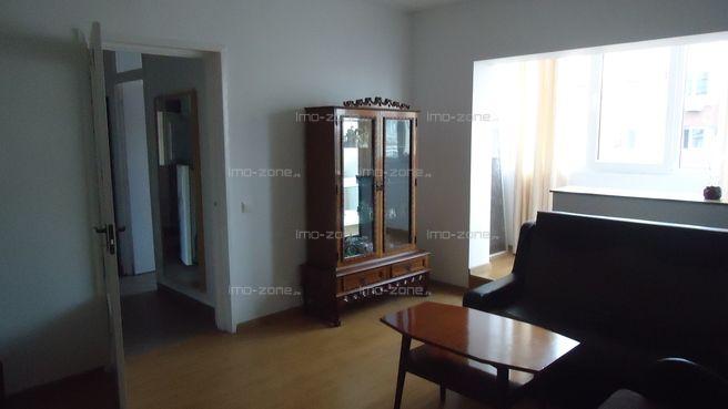 Apartament cu 4 camere de vânzare în zona Drumul Taberei- Ghencea