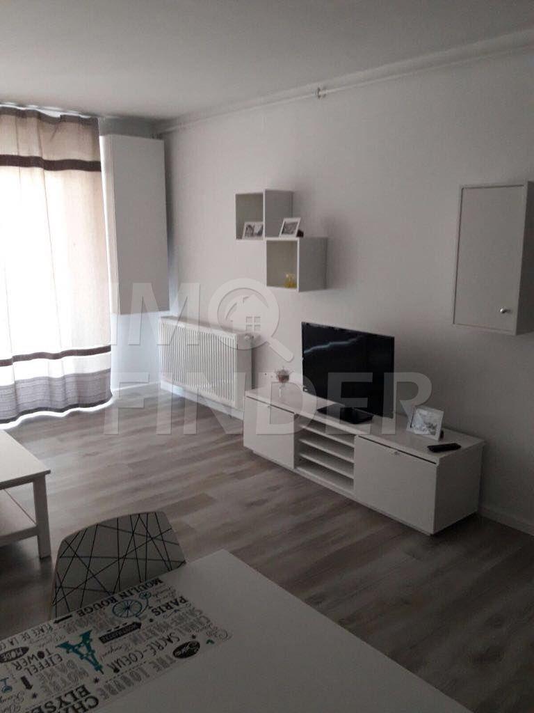 Vanzare apartament 2 camere, predare la cheie, Piata Mihai Viteazu