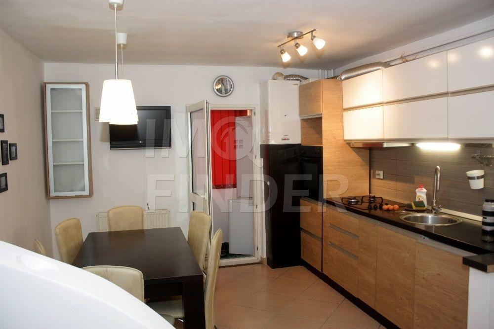 Vanzare apartament 2 camere Zorilor zona Gh. Dima