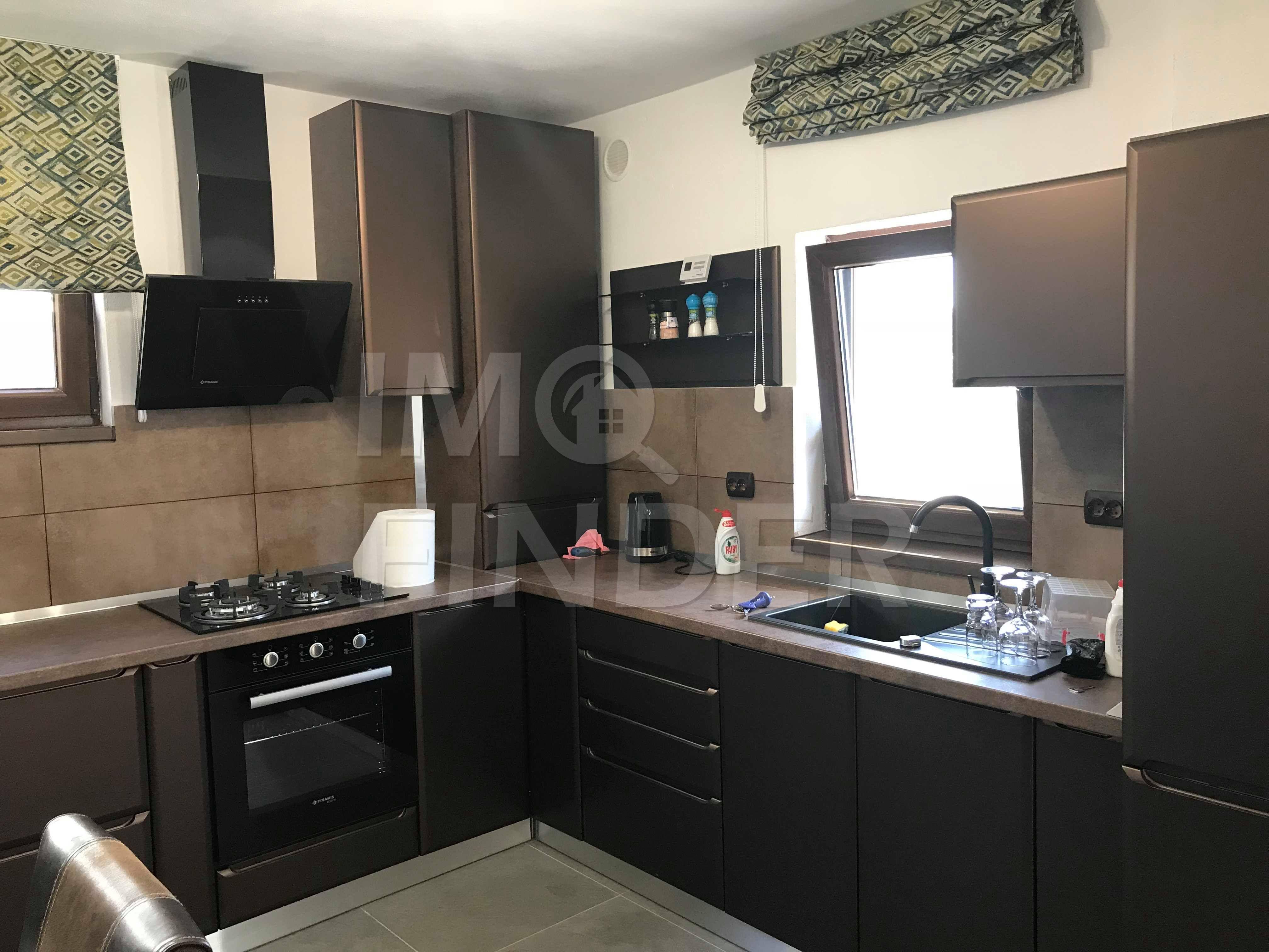 Vanzare apartament 3 camere, predare la cheie, zona Carmen Silva