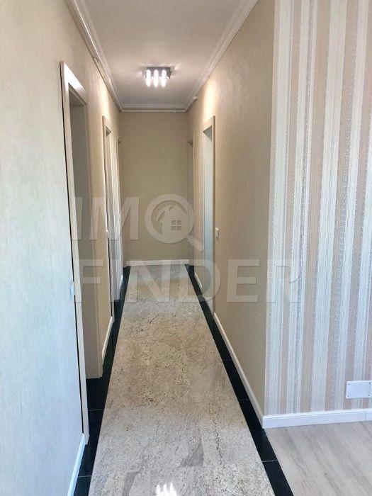Apartament cu 3 camere de vânzare în zona Calea Turzii