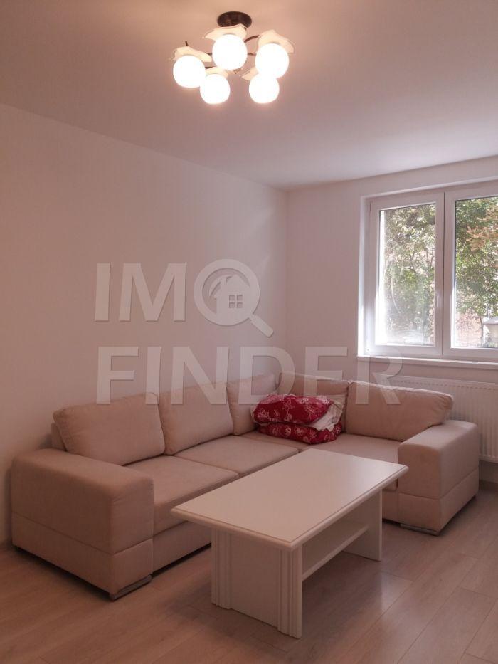 Vanzare apartament 2 camere ultrafinisat, zona Horea