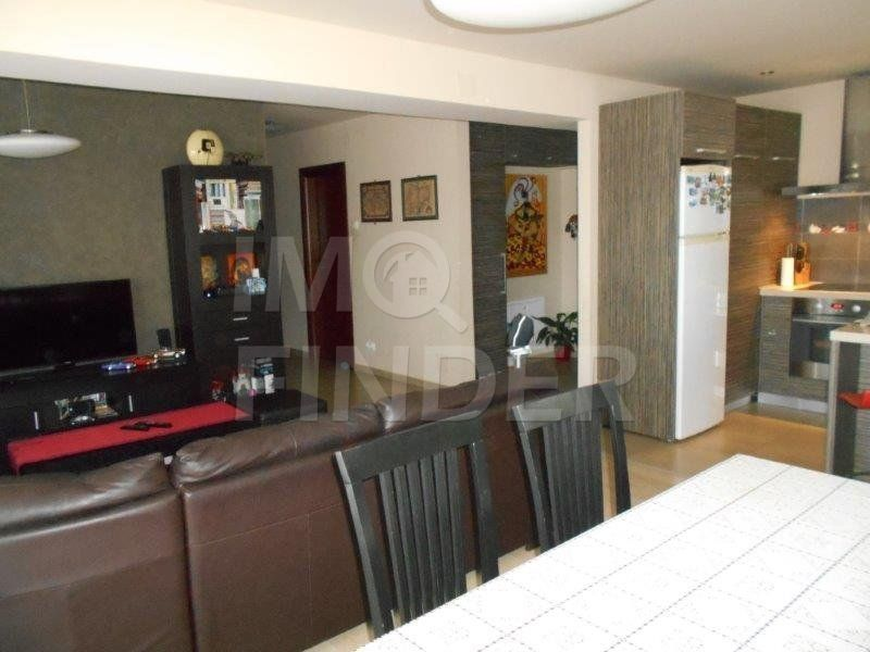 Vanzare 3 camere, Buna Ziua, ultrafinisat, 83 mp , etaj 1