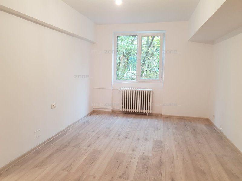 Apartament cu 2 camere de vanzare in  Drumul Taberei 35
