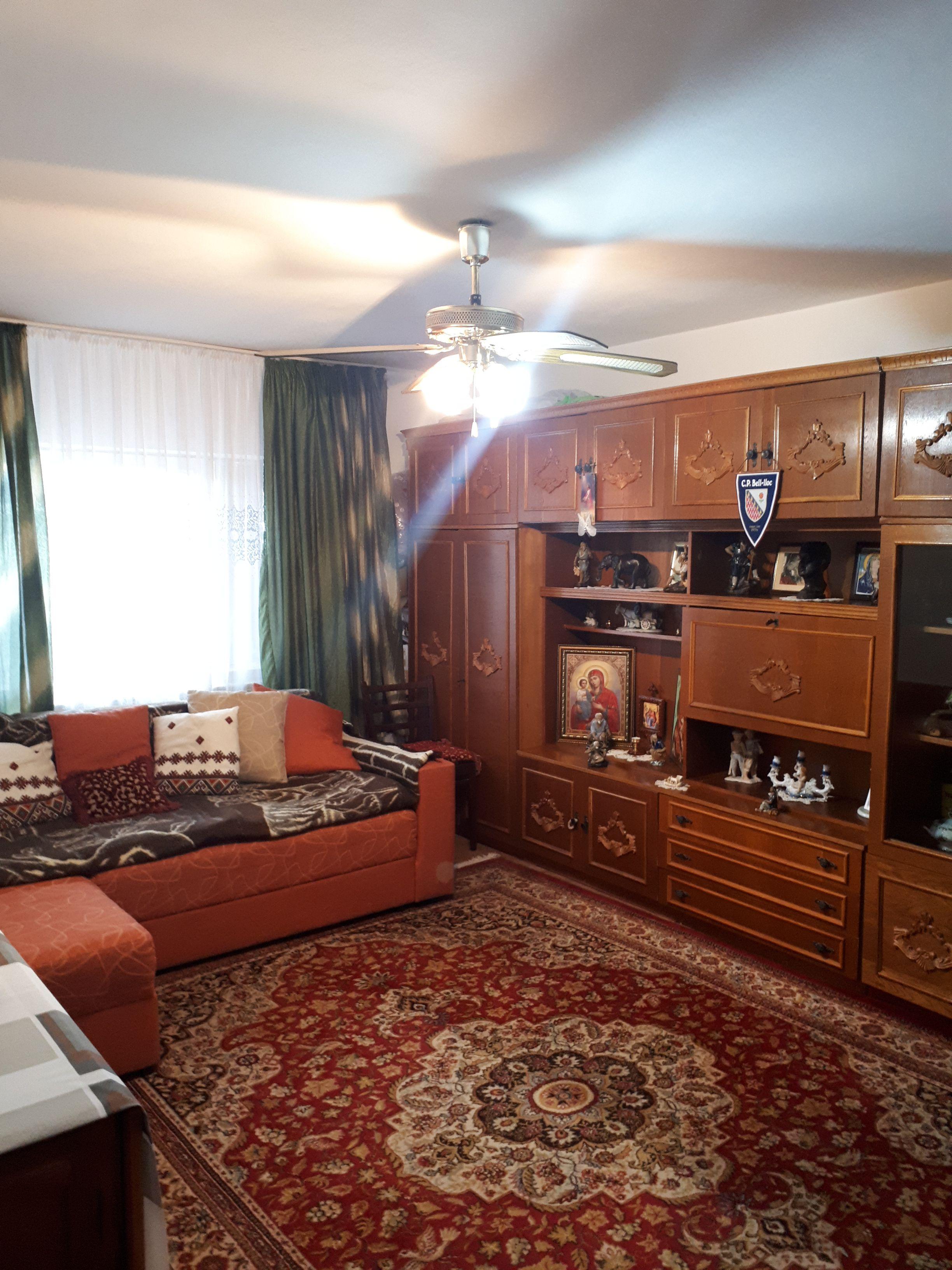 Vanzare Apartament 3 camere - ICIL, Constanta