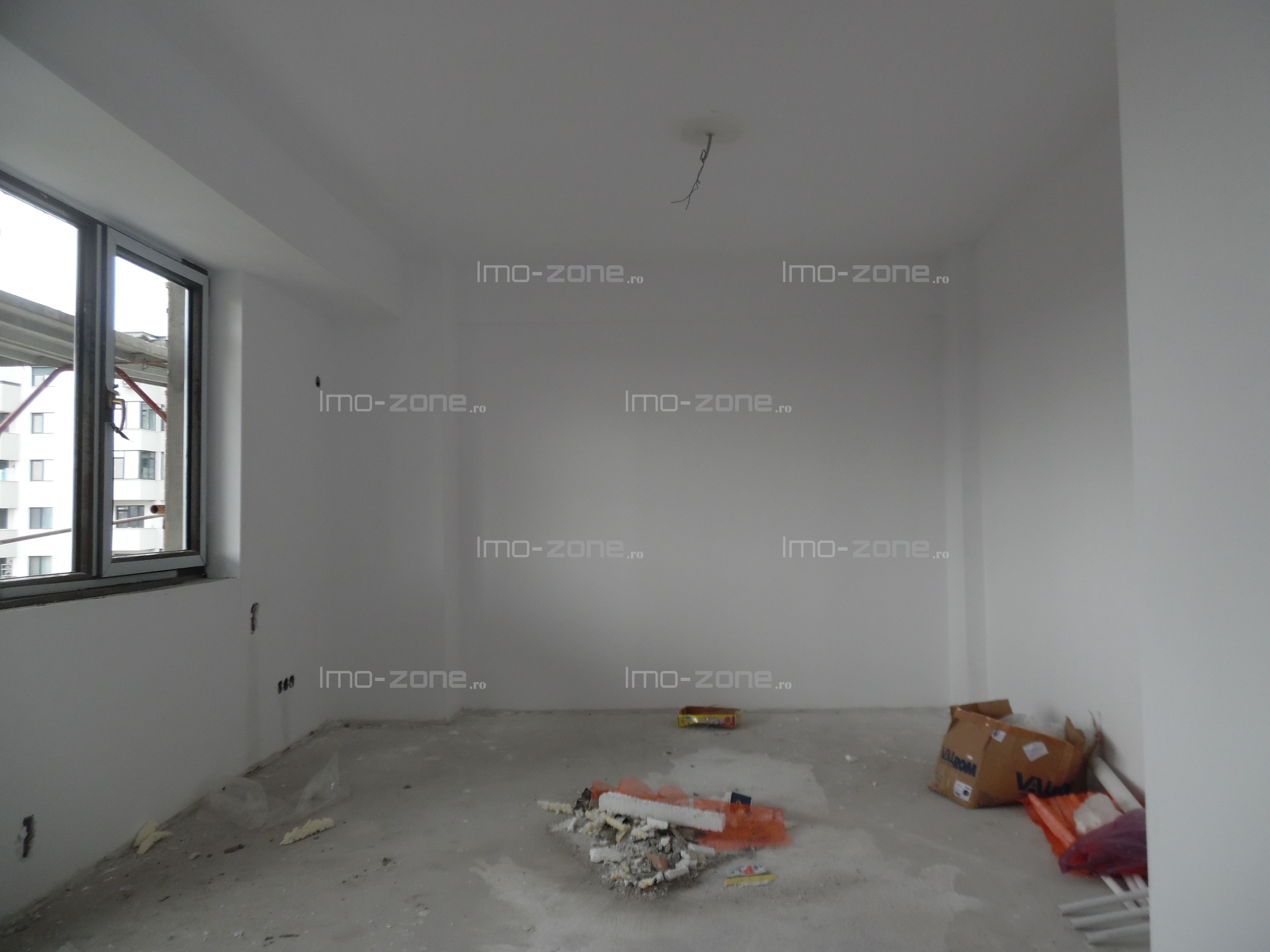 Pacii, apartament 2 camere ,bucatarie inchisa,geam la baie,COMISION 0%