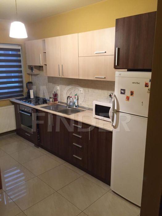 Apartament cu 2 camere de vânzare în zona Buna Ziua