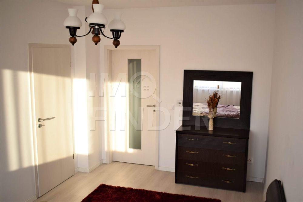 Inchiriere apartament  2 camere in Riviera Luxury, parcare