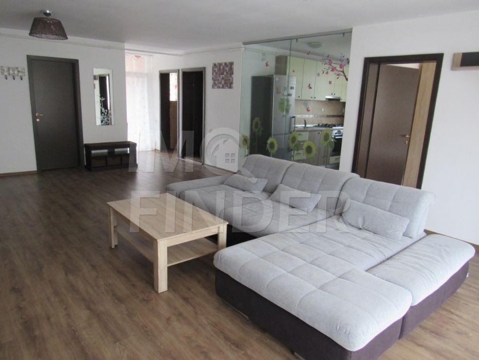Vanzare apartament 3 camere, etaj intermediar, Buna Ziua