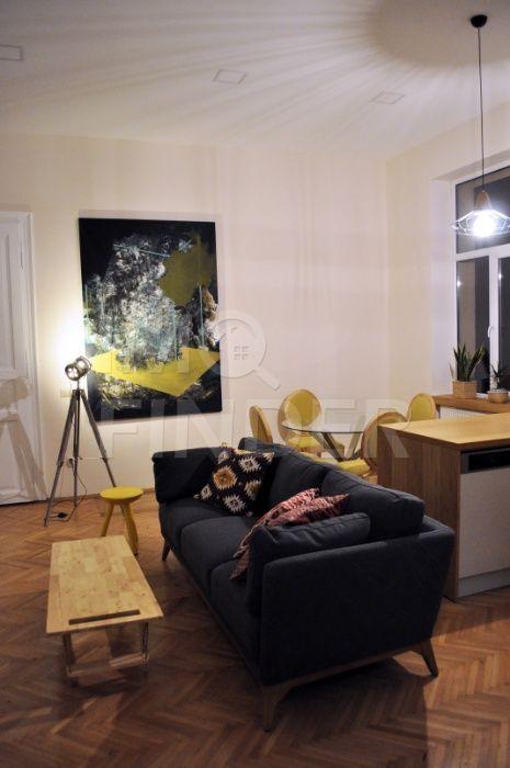 Vanzare apartament 3 camere, zona strazii Emil Racovita