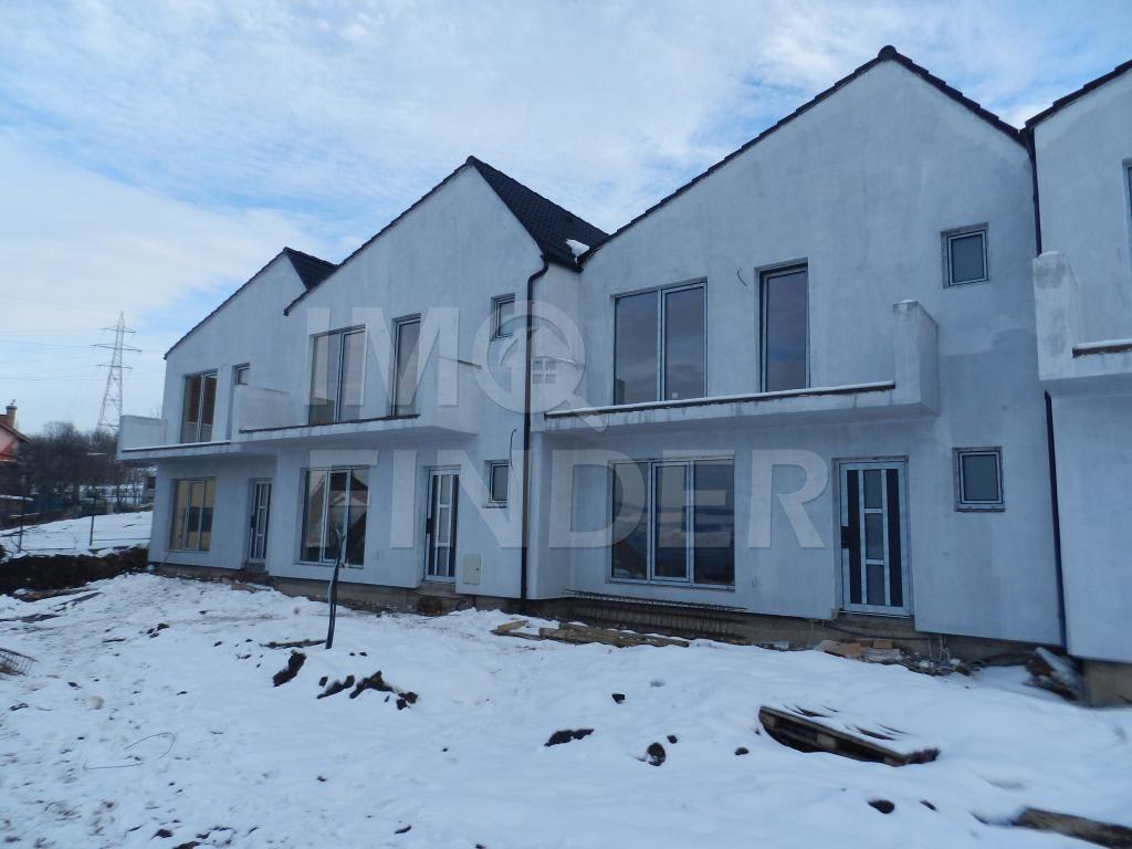 Vanzare casa insiruita zona Polus Center - VIVO