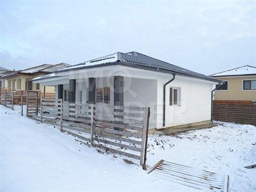 Casa individuala Dezmir, locatie foarte buna, 410 mp teren