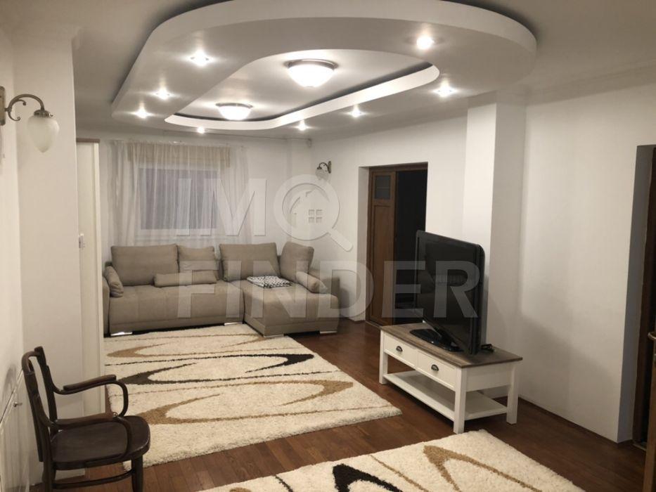 Inchiriere apartament 3 camere  in vila, Centru, zona Gradina Botanica