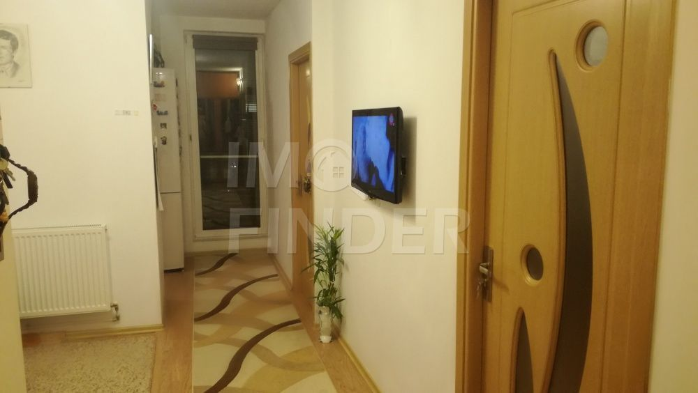 Vanzare apartament 2 camere Central, P-ta Mihai Viteazu