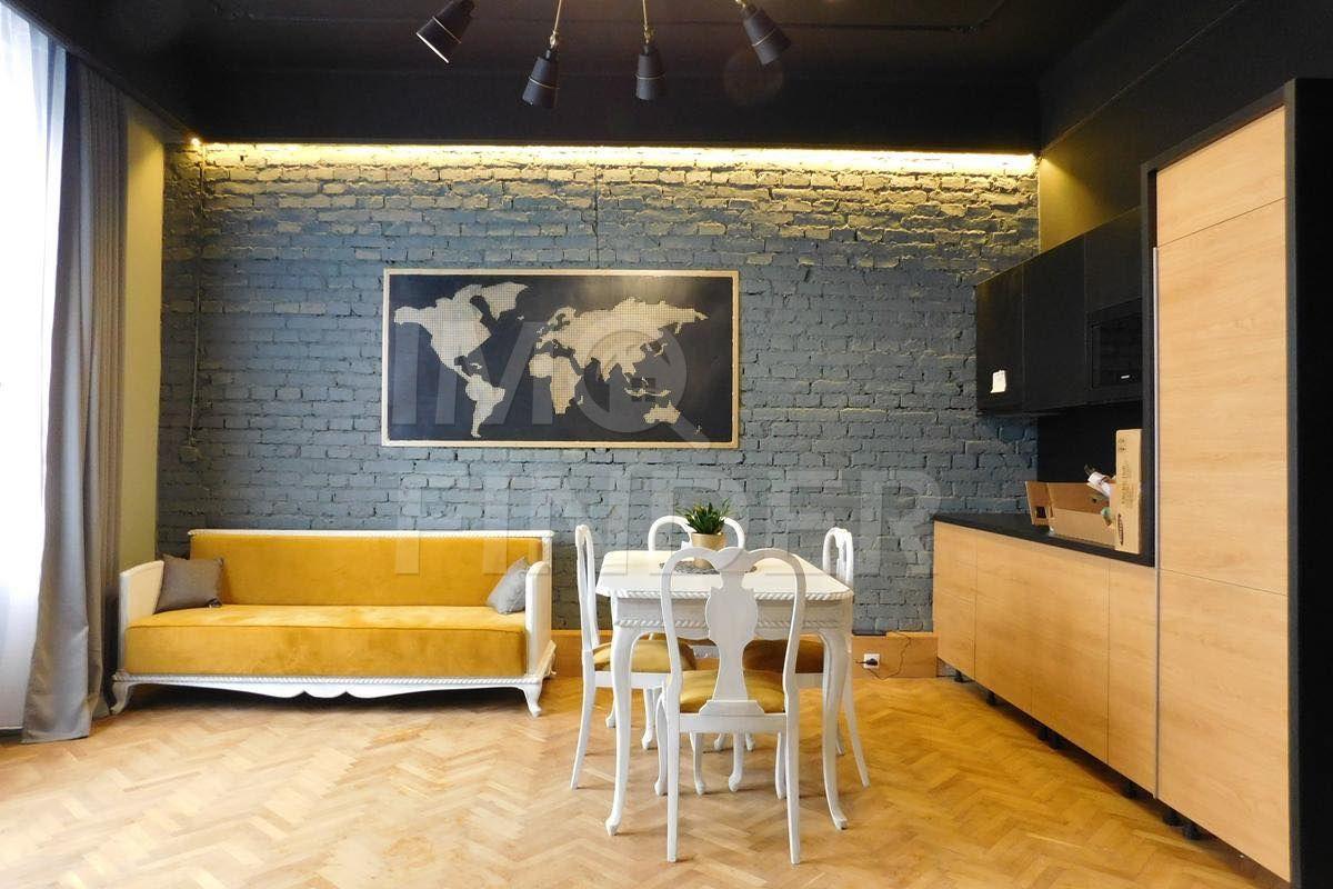 Vanzare apartament 3 camere, zona The Office, Centru