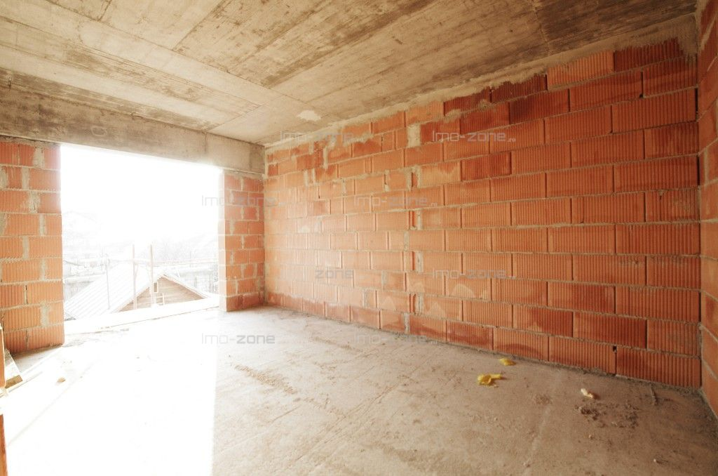 Apartament NOU, 2 camere, decomandat, bucatarie inchisa, 58mp, lift.