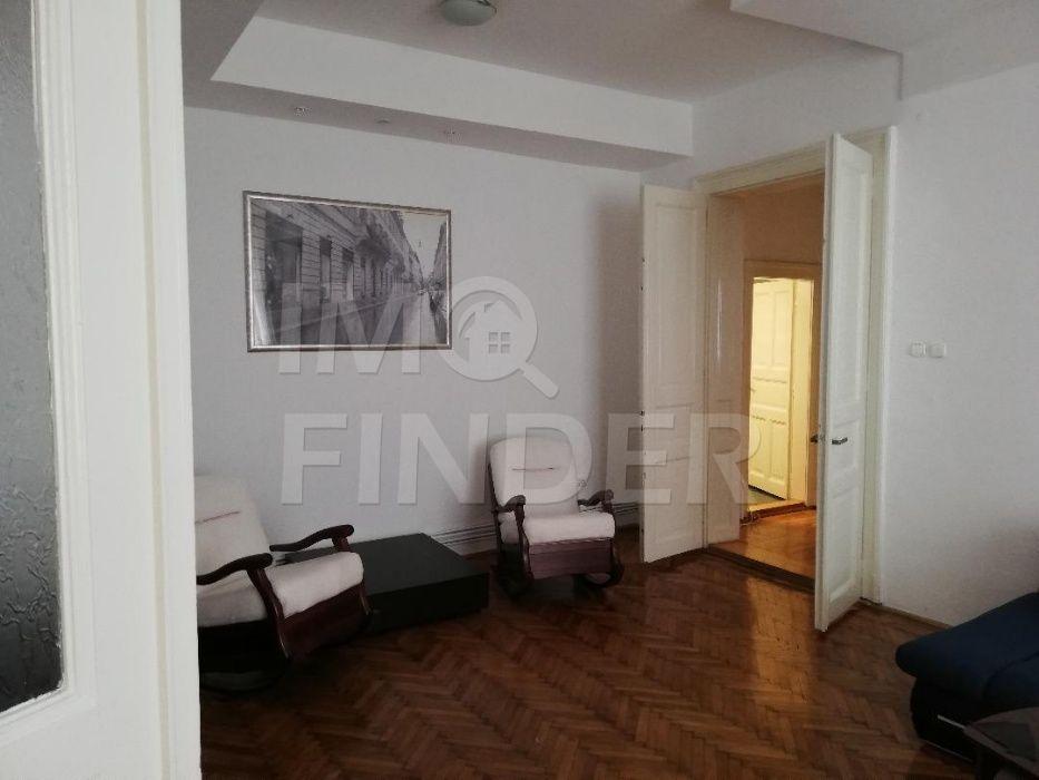 Inchiriere apartament 3 camere,  zona Piata Engels, Andrei Muresanu