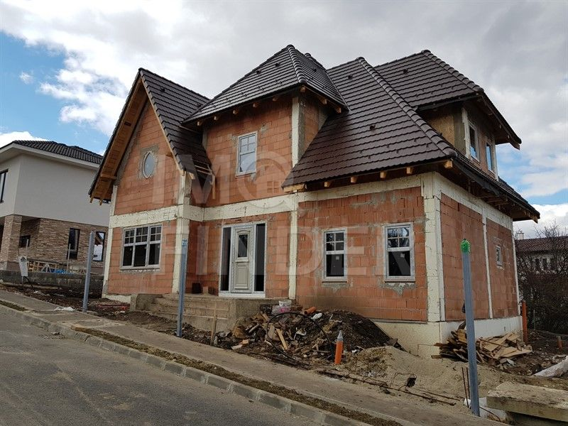 Vanzare casa design deosebit, Andrei Muresanu