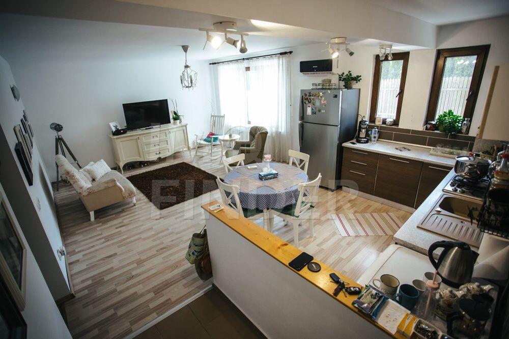 Vanzare apartament 3 camere, 2 parcari, zona Arcada, Borhanci