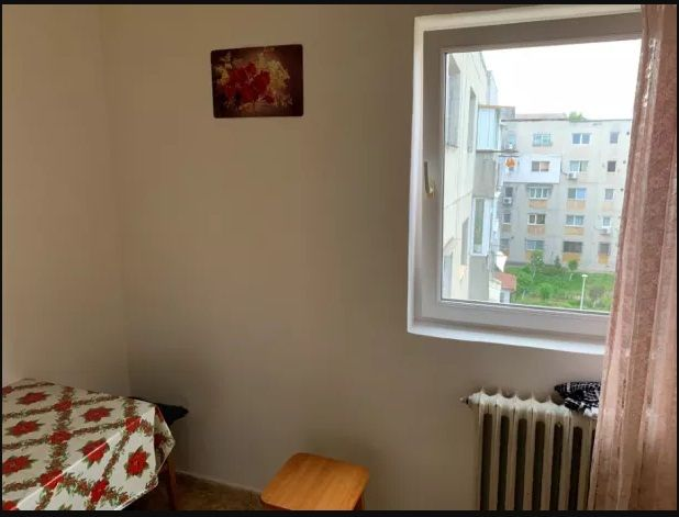 Vanzare Apartament 4 camere - INEL I, Constanta