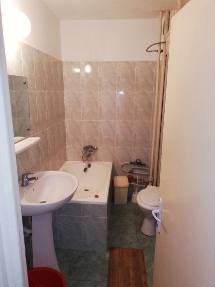Vanzare Apartament 2 camere - GARA, Constanta