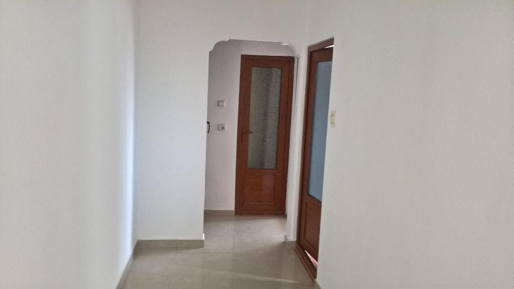 Vanzare Apartament 3 camere - CASA DE CULTURA, Constanta