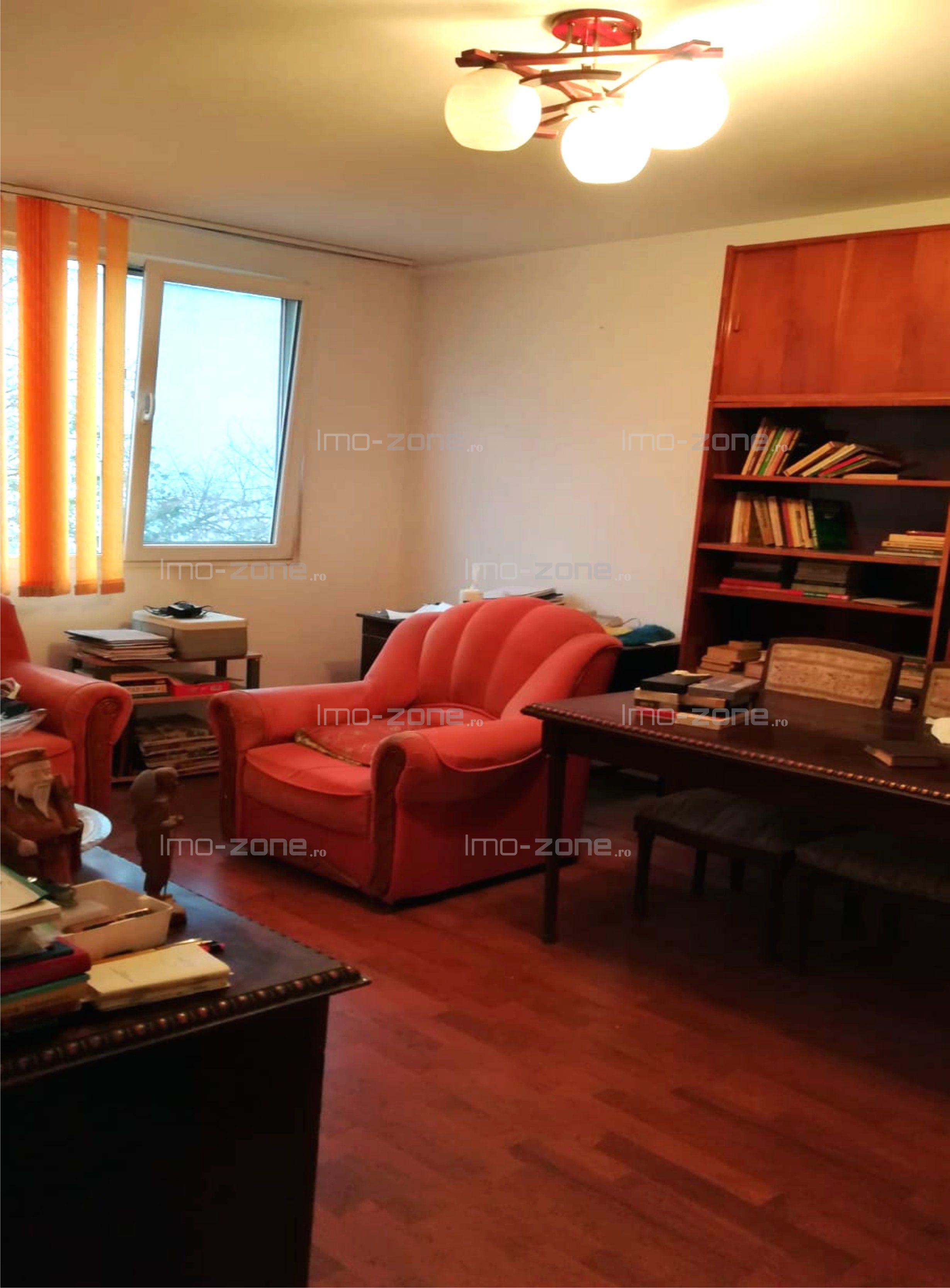 Apartament 3 camere Drumul Taberei - Valea Oltului / Bld Timisoara, bloc 4 etaje