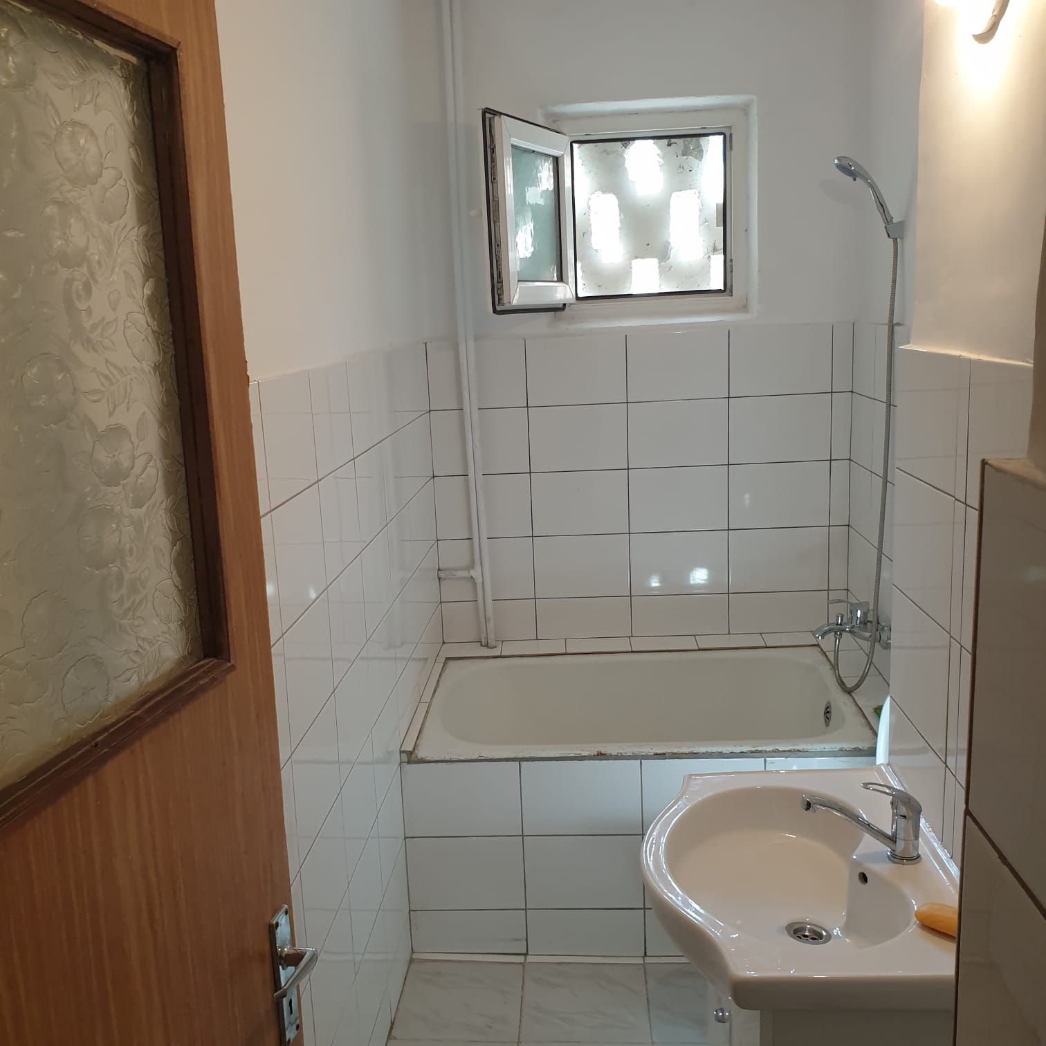 Vanzare Apartament 2 camere - CASA DE CULTURA, Constanta